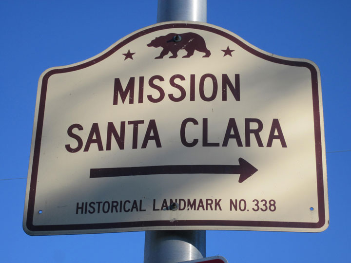 Image of sign to Mission Santa Clara and Santa Clara University
