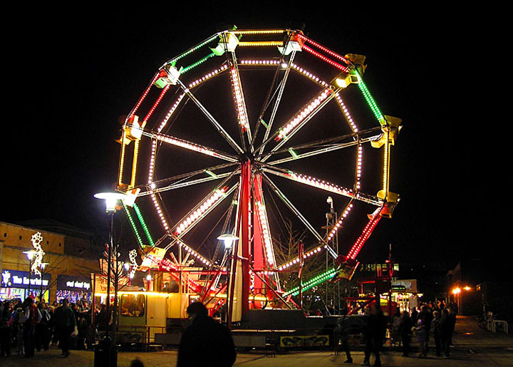 Image of ferris wheel light from Tom Kozlowski's lyric