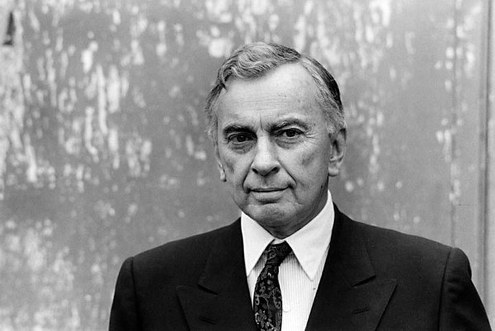 Image of author Gore Vidal, an early critic of Vietnam War domestic surveillance