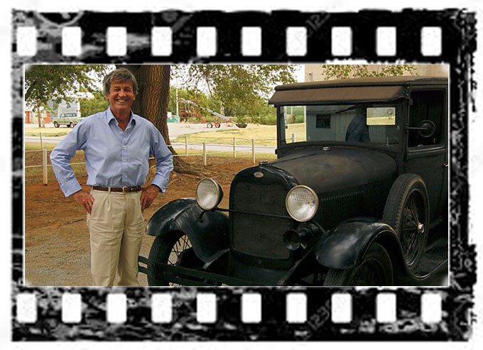 Image of Melvyn Bragg, host of BBC documentary on John Steinbeck