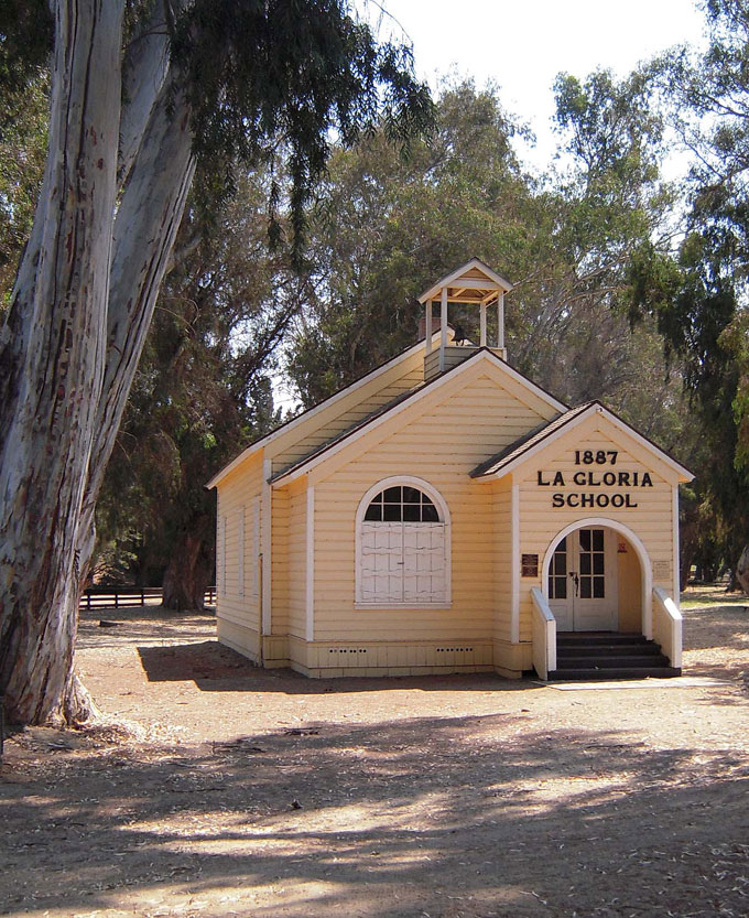 Image of La Gloria Schoolhouse, King City, by David A. Laws