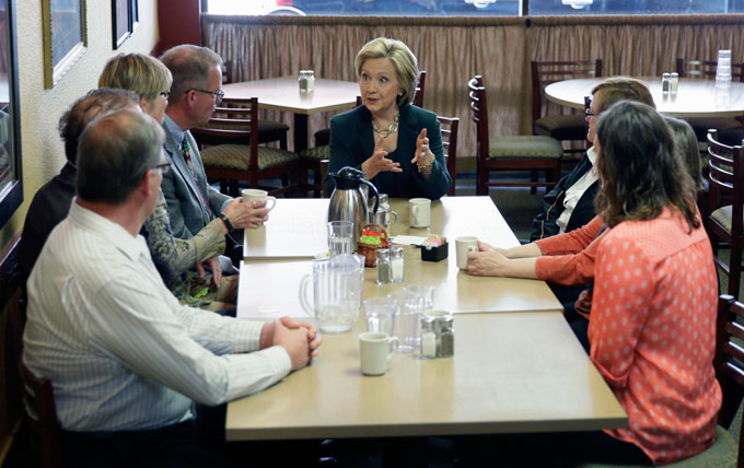 Image of Hillary Clinton's presidential campaign in Iowa