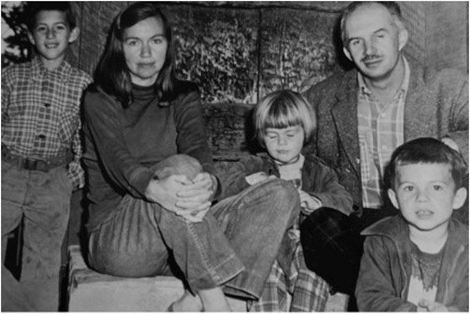 Image of Judith Deim, Ellwood Graham, and children