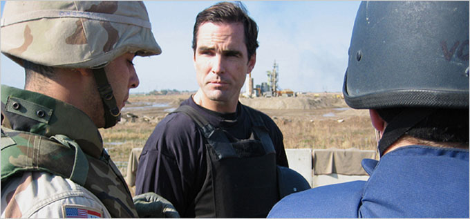 Image of ABC News correspondent Bob Woodruff in Iraq